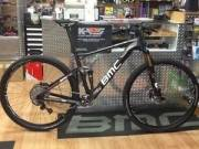 F/S:NEW 2013 SPECIALIZED S-WORKS EPIC CARBON 29 XTR / 2013 Trek Madone 7 Series & WSD.