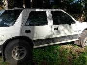 Isuzu rodeo trade or sale