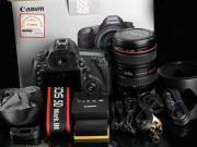 Canon EOS 5D Mark III Kit 24-105 F4 IS USM Digital Camera