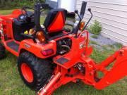 Mint 2oo7 Kubota tractor 680 hrs
