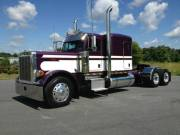 2007 Peterbilt 379 Purple